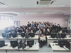 留学生コンピュータの授業(CG).JPG
